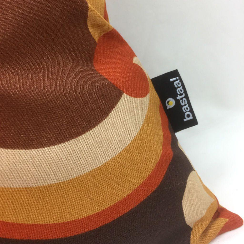 Patroon bruin oranje retro bastaa - Kussen oranje en bruin ...