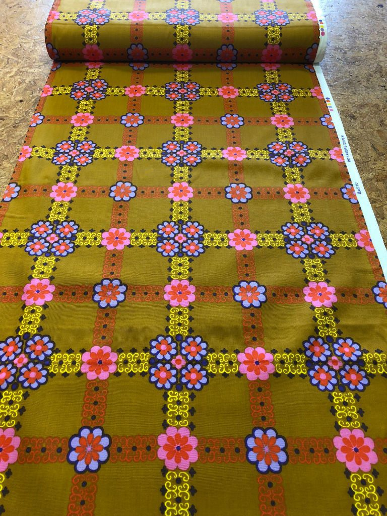 patroon okergeel bloemen retro - Bastaa!