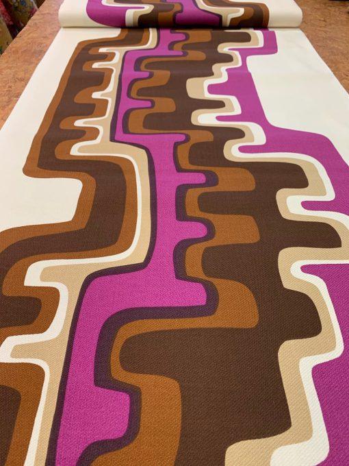 lijnen paars bruin ecru stof retro vintage