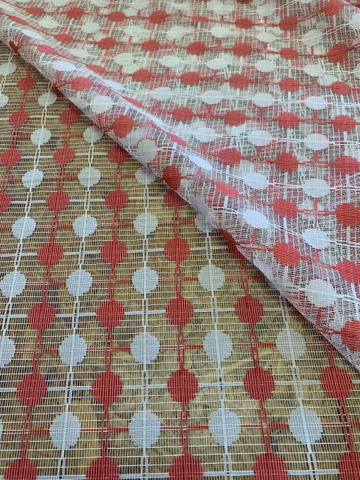 detail decoratiestof rood wit stip