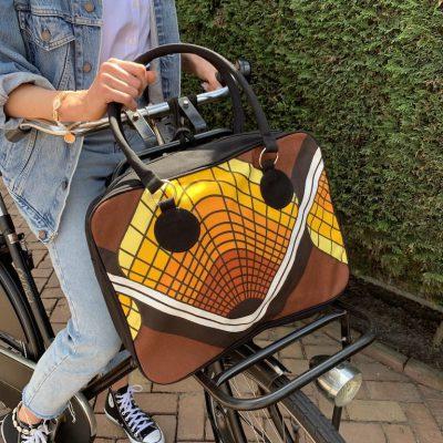 retro tas zwart met geel