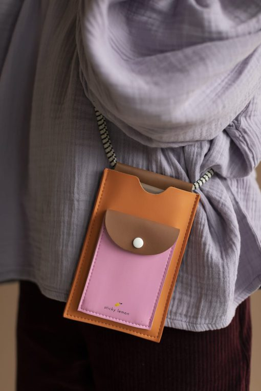 klein tasje voor telefoon retro